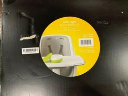 4moms High Chair ~ easy to clean with magnetic, one-handed t